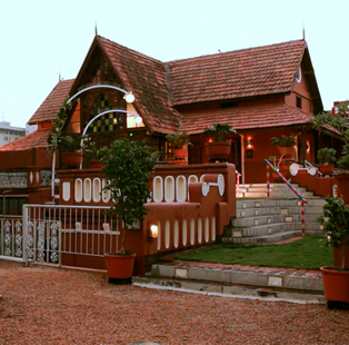 Encased abodes of finer living and rich culture  — 5 Heritage Hotels across India