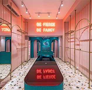 Quirk Studio masters millennial pink and bold emerald for this Mumbai Store