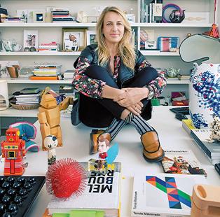 Spanish architect Patricia Urquiola invites us into her casa-bottega in Milan