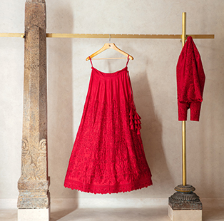 Mouna Reddy crafts a sublime store for fashion designer Jayanti Reddy that's as textured as it is tantalising