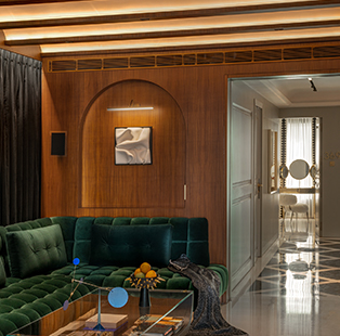 Saloni and Hiren Ganatra of ColabCompany punctuate this expansive apartment with maximalism and eclectic decor