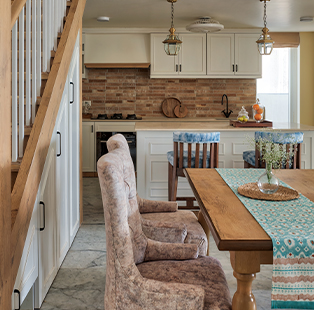 Livin' the country life—farmhouse aesthetics get a voguish makeover in this house by Alkove-Design